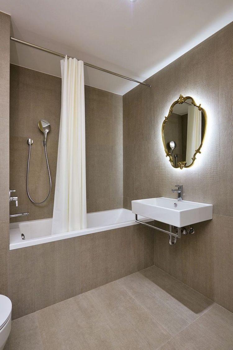 bad beleuchtung vintage spiegel indirektes licht badewanne ...